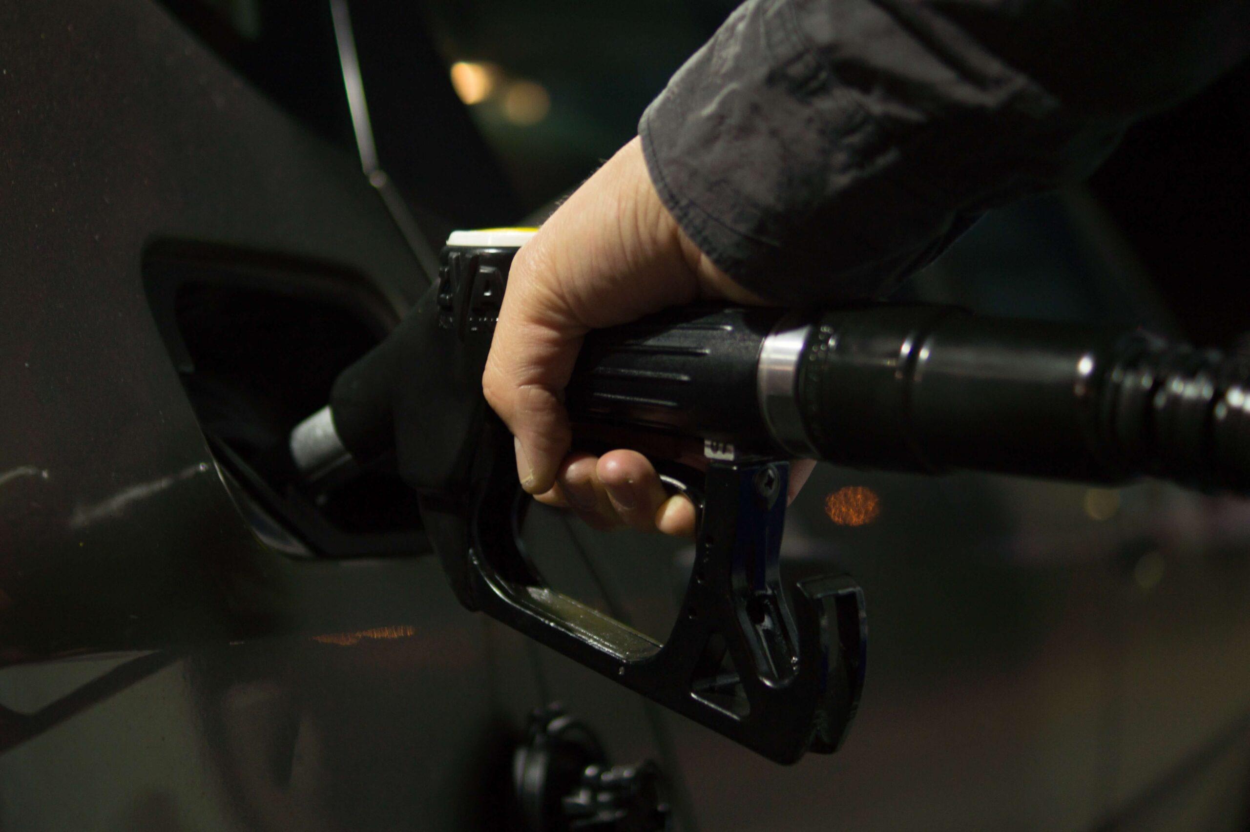 طريقة توفير البنزين