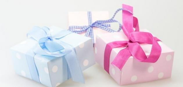أفضل الهدايا للمولود الجديد